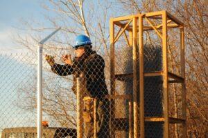 installing fence dispenser for sale